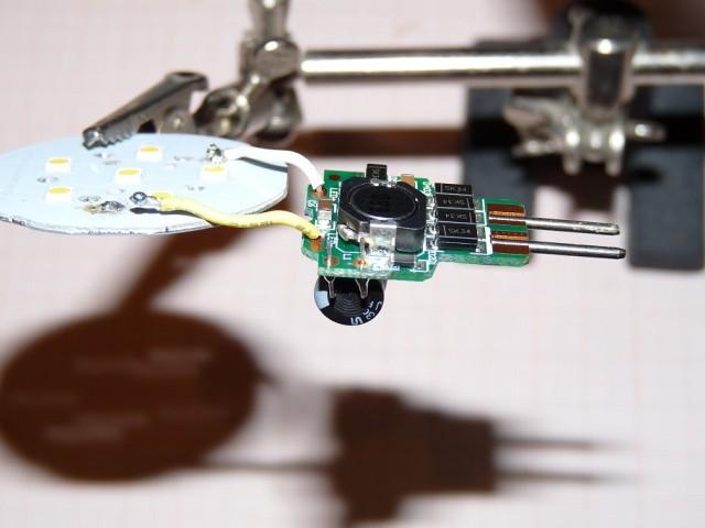 SMD-пайка навесных компонентов :)