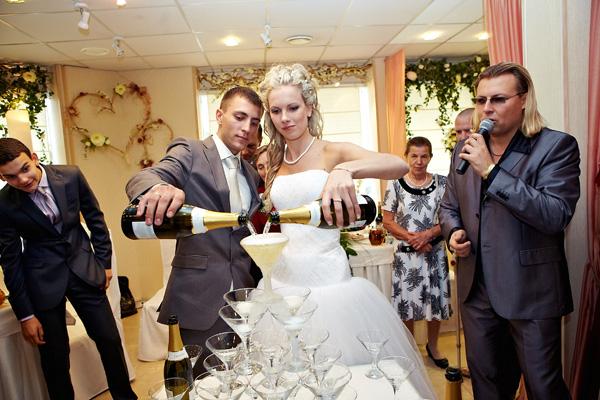 Современная свадьба в москве - ведущий свадьбы Михаил Диденко